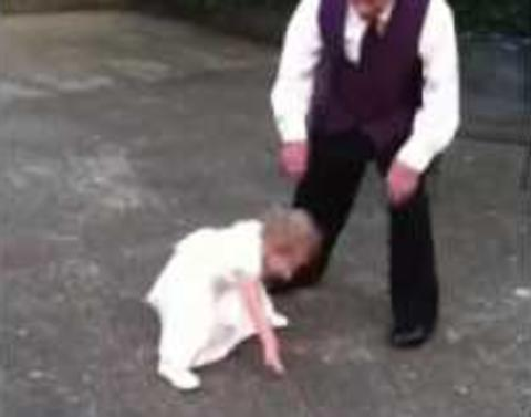 Adorable granddaughter and grandfather steal wedding reception s
