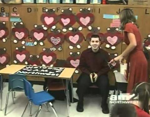 Sweetest marriage proposal is done on live tv