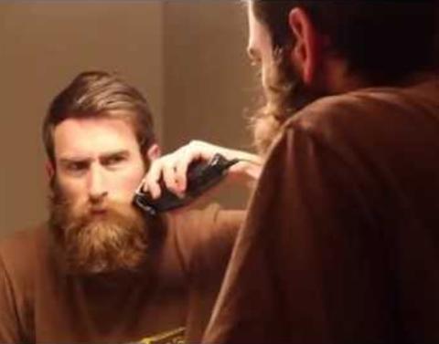 Man shaves his epic beard just for mom aww dot dot dot