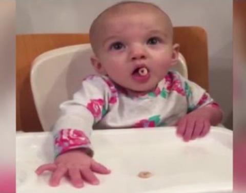 Baby makes amazing cheerio catch