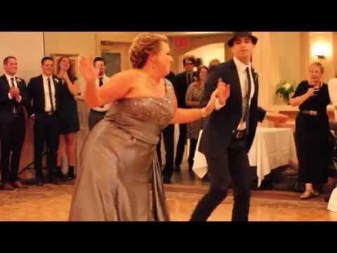 Танец жениха с мамой на свадьбе сценарий
