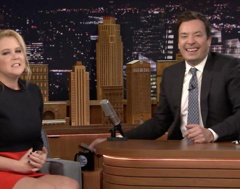 Amy schumer explains that photo on the tonight show